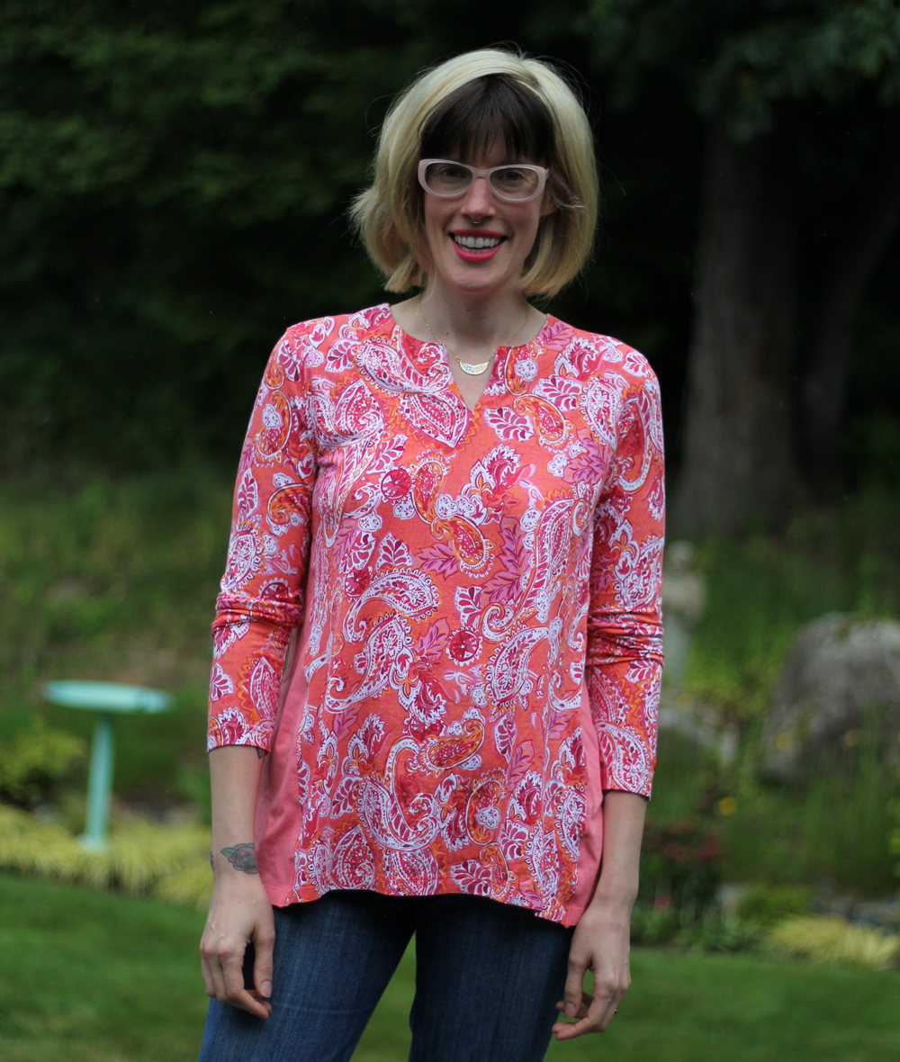 tutorial on MaternitySewing.com for adding a fabric triangle into the side of a t-shirt